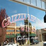 Grizzly Republic Wines Tasting Room