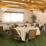 Social Gathering & Meeting Room